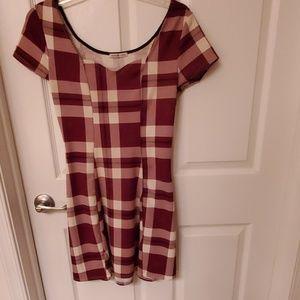 Plaid short sleeve sweetheart dress